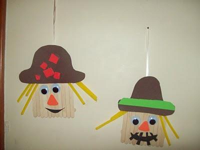 popsicle stick scarecrow